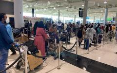 الصورة: الصورة: 80 رحلة طيران من دبي تنقل 14.3 ألف هندي لبلدهم