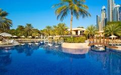 الصورة: الصورة: سياحة دبي تسمح بإعادة افتتاح المسابح الفندقية اعتباراً من اليوم