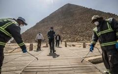 الصورة: الصورة: السعودية تفرض الحجر على القادمين ومصر نحو إنعاش السياحة