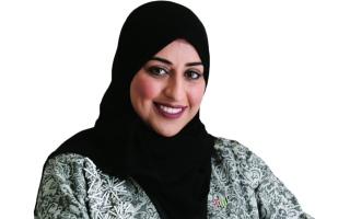 الصورة: الصورة: إيمان اليوسف: «بودكاست سبعة»  يستلهم هوية الإمارات المرئية