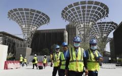 """الصورة: الصورة: سباق حتى النهاية لتسليم أعمال البناء في """"إكسبو دبي"""""""