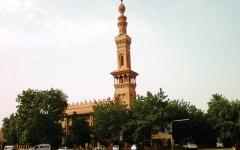 الصورة: الصورة: السودان..السماح بفتح كافة المساجد والكنائس بالخرطوم