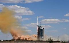 الصورة: الصورة: بالفيديو.. الصين تطلق قمراً اصطناعياً جديداً لرصد الأرض