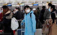 الصورة: الصورة: صينيون عالقون في موسكو يزورون اختبارات كورونا حتى يعودوا إلى بلدهم