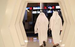 الصورة: الصورة: الأسهم القيادية تدعم أبوظبي.. وجني أرباح في دبي
