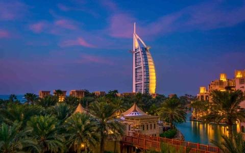 الصورة: الصورة: مناطق الجذب السياحي بدبي تستقطب العائلات والزوار من داخل الإمارات