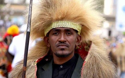 الصورة: الصورة: من هو المغني هاكالو هونديسا الذي زلزل مقتله إثيوبيا؟
