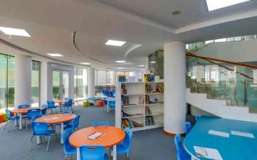 """الصورة: الصورة: """"هيئة المعرفة"""" تعلن إجراءات وإرشادات إعادة فتح المدارس الخاصة للعام الدراسي الجديد"""