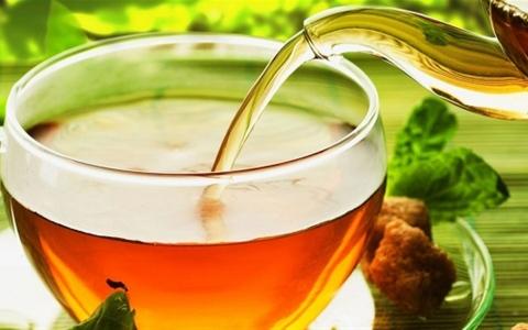 الصورة: الصورة: ما هي أضرار شرب الشاي على الريق؟