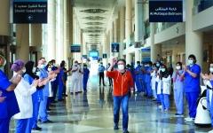 الصورة: الصورة: المستشفى الميداني في دبي يودّع آخر مصاب بـ «كورونا»