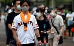الصورة: الصورة: «الصحة العالمية»: انتشار «كورونا» عبر الهواء مقلق لكن الرذاذ أكثر شيوعاً