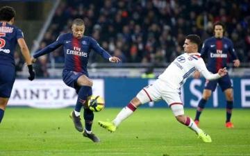 الصورة: الصورة: عودة جزئية لجماهير الكرة الفرنسية