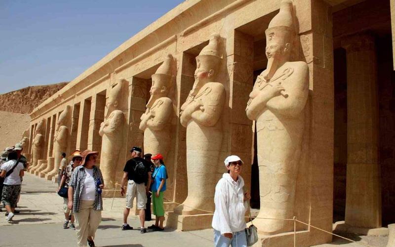 الصورة: الصورة: هذه الجنسيات فقط يحق لها دخول مصر للسياحة