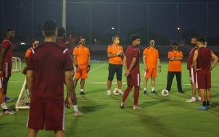 الصورة: الصورة: 27 لاعباً في بداية اعداد نمور كلباء  الداخلي