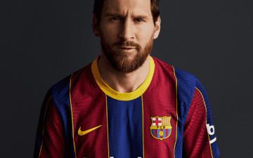 الصورة: الصورة: برشلونة يكشف عن تصميم قميصه الأساسي الجديد