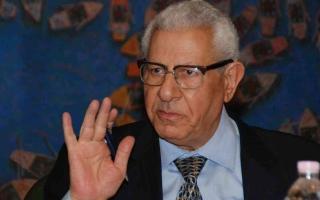 الصورة: الصورة: إصابة الصحفي المصري مكرم محمد أحمد بجلطة