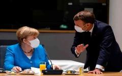 """الصورة: الصورة: ماكرون """"يضرب بيده على طاولة"""" المفاوضات حول خطة النهوض الأوروبية"""