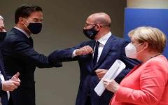 الصورة: الصورة: قادة دول الاتحاد الأوروبي يقرّون خطة نهوض اقتصادي تاريخية