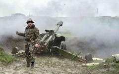 الصورة: الصورة: تجدّد القتال بين أرمينيا وأذربيجان