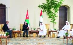 الصورة: الصورة: محمد بن زايد:  الإمارات تتضامن مع الأردن  في إجراءات المحافظة  على أمنه واستقراره