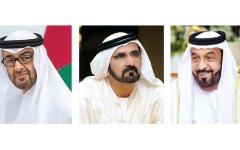 الصورة: الصورة: خليفة ومحمد بن راشد ومحمد بن زايد يهنئون ملوك ورؤساء وأمراء الدول العربية والإسلامية