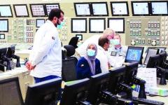الصورة: الصورة: 30 مهندساً إماراتياً يديرون ويشغلون المفاعلات