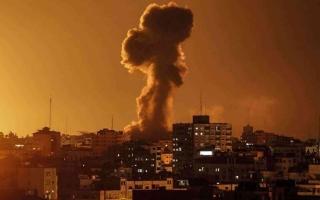 الصورة: الصورة: طائرات الاحتلال تقصف غزة