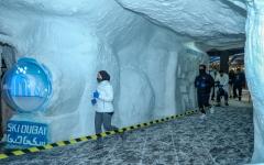 """الصورة: الصورة: إقبال كبير على المشاركة في """"أسبوع دبي للرياضات الثلجية"""""""