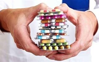 الصورة: الصورة: احذر من خلط هذه الأدوية ببعضها البعض