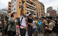 الصورة: الصورة: غضب لبنان يتفجر وشظاياه تطال السلطة و «حزب الله»