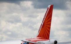 الصورة: الصورة: قتلى وجرحي في انشطار طائرة ركاب هندية عند هبوطها في كاليكوت
