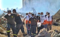 الصورة: الصورة: أكثر من 60 مفقوداً جراء انفجار مرفأ بيروت