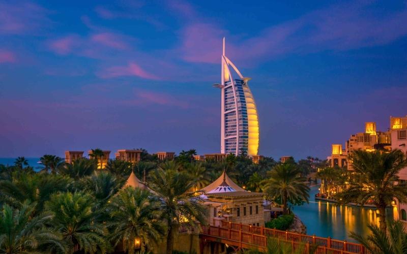 الصورة: الصورة: بوادر انتعاش سياحي في دبي مع ارتفاع مؤشرات الطلب