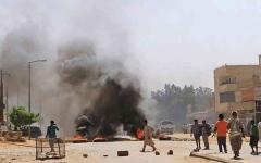 الصورة: الصورة: ارتفاع حصيلة المواجهات القبلية في بورتسودان إلى 25 قتيلاً