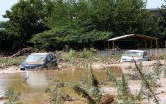الصورة: الصورة: شاهد.. الفيضانات تطمس معالم جزيرة إيفيا اليونانية وتقتل 8 أشخاص
