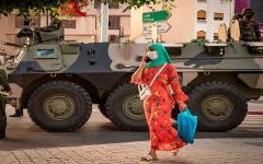 الصورة: الصورة: منحى تصاعدي لإصابات ووفيات كورونا في المغرب