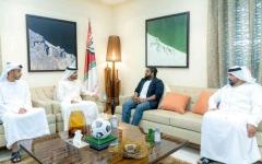 الصورة: الصورة: راشد بن حميد يستقبل رئيس الاتحاد المالديفي