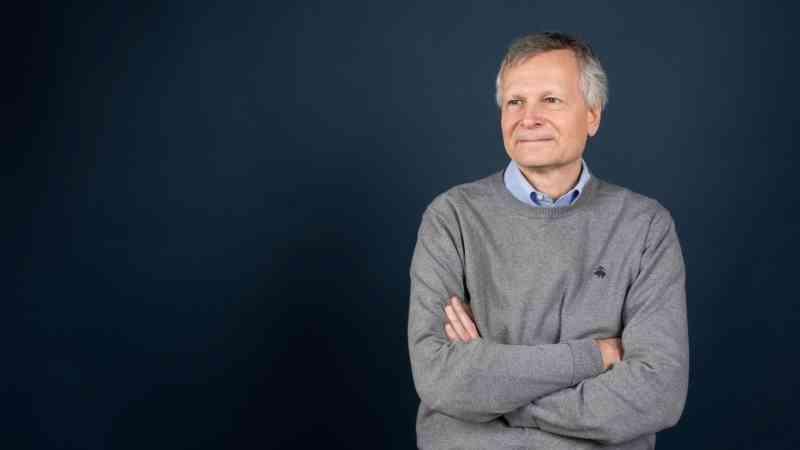 الصورة : داني رودريك  - أستاذ الاقتصاد السياسي الدولي في كلية جون كينيدي للإدارة الحكومية التابعة لجامعة هارفارد.