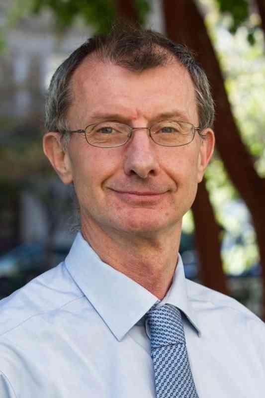 الصورة : كيفين واتكينز  - الرئيس التنفيذي لمنظمة «إنقاذ الطفولة» في المملكة المتحدة.