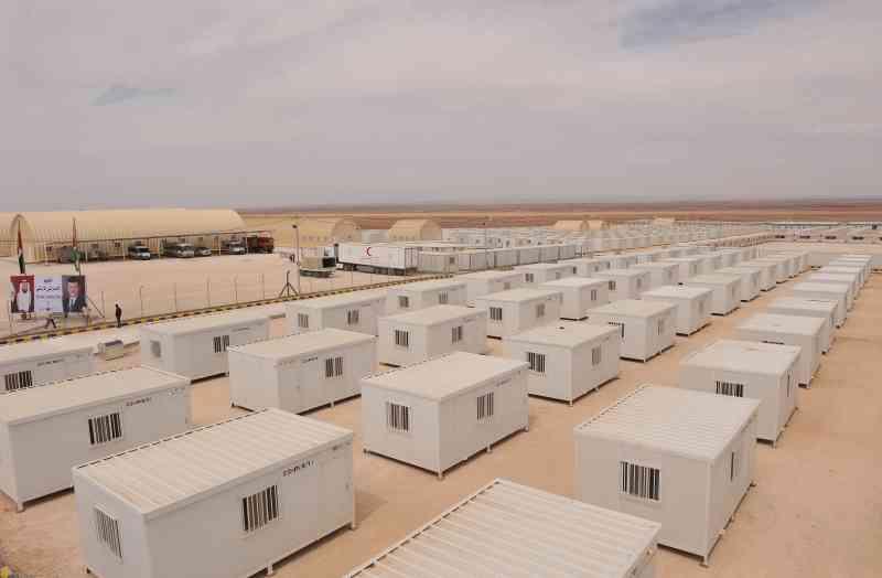 الصورة : المخيم الإماراتي الأردني يوفر حياة كريمة للاجئين السوريين | أرشيفية