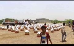 الصورة: الصورة: قوافل الإمارات تجوب قرى الساحل الغربي