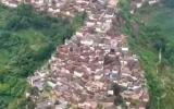 الصورة: الصورة: باوشان.. مدينة من 100 عائلة فوق صخرة عملاقة