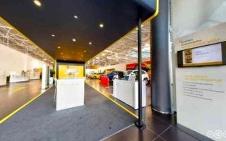الصورة: الصورة: رينو من العربية للسيارات تعزز تجربة العملاء الرقمية