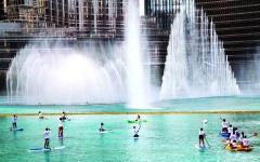الصورة: الصورة: كرنفال التجديف يخطف الأنظار في بحيرة برج خليفة