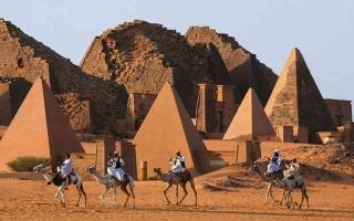 الصورة: الصورة: مياه النيل تهدّد عاصمة مملكة مروى الأثرية في السودان