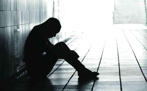 الصورة: الصورة: العزلة الاجتماعية أثناء الطفولة تسبب أضرارا ببعض خلايا المخ