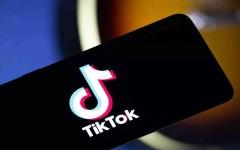 """الصورة: الصورة: أمريكا توقف تحميل تطبيقي """"تيك توك"""" و""""وي شات"""""""