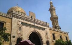 الصورة: الصورة: مصر تسمح بعودة إقامة صلاة الجنائز في المساجد