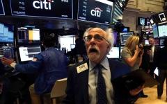 الصورة: الصورة: أكبر هروب للمستثمرين من أسهم التكنولوجيا الأمريكية منذ 20 عاما