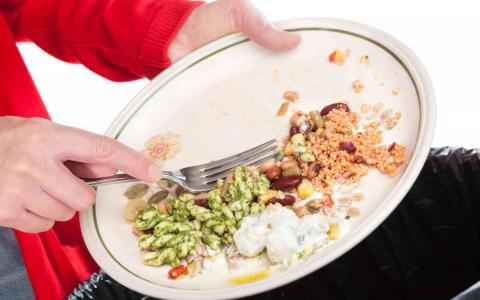 الصورة: الصورة: لماذا يكون مذاق بقايا الطعام أفضل دائماً؟
